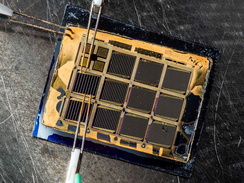 6-junction solar cell