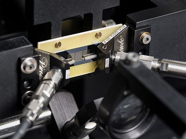 Femtosecond Lasers Drive a New Generation of Network Vector Analyzers