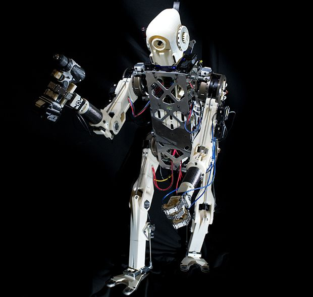 MIT Robot Steals Human Brains to Help It Balance