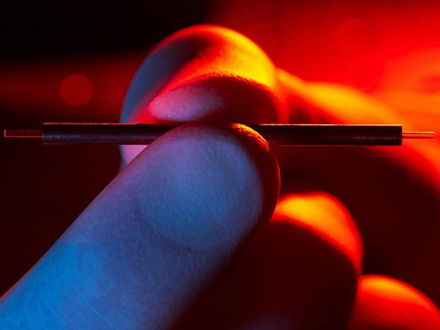A Particle Accelerator the Size of a Sewing Needle