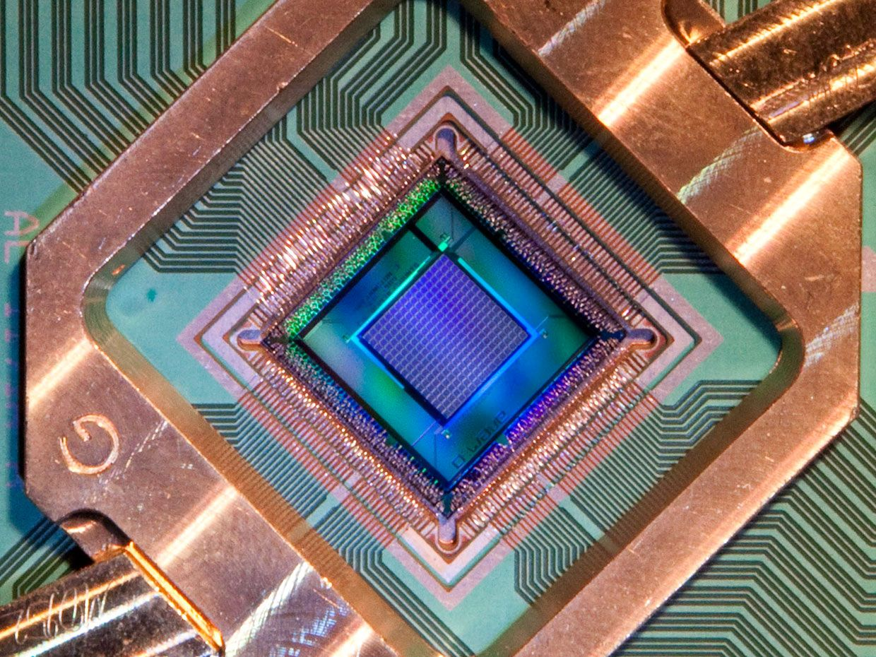 D-Wave's latest 2048-qubit processor has to be kept close to absolute zero to function.
