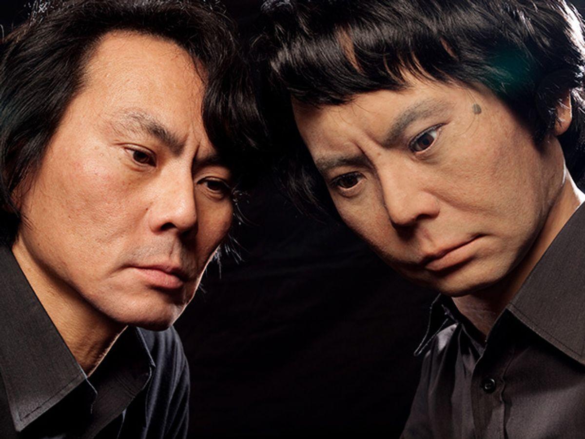 Photo of Makoto Ishida and his mechanical doppelgänger