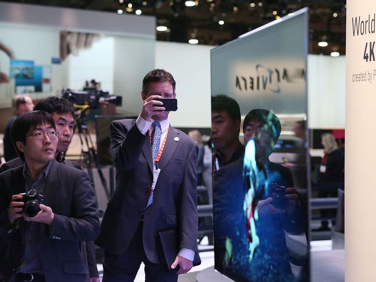 CES 2013: TV Manufacturers Don't Agree on the Next Big Thing