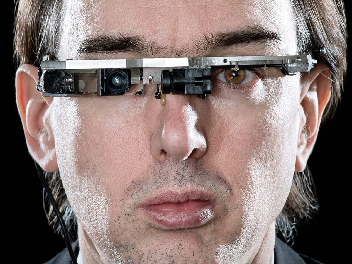 photo of the author in computerized eyewear