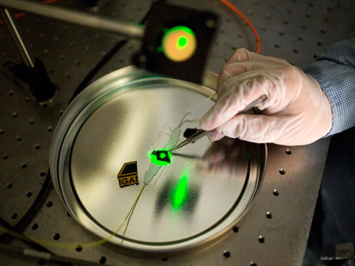 Small, Simple Terahertz Detector Converts The Pulses To Sound