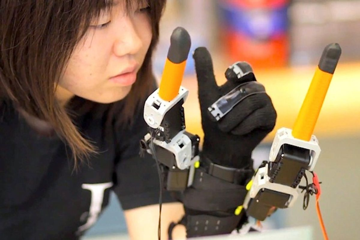 Here's That Extra Pair of Robot Fingers You've Always Wanted