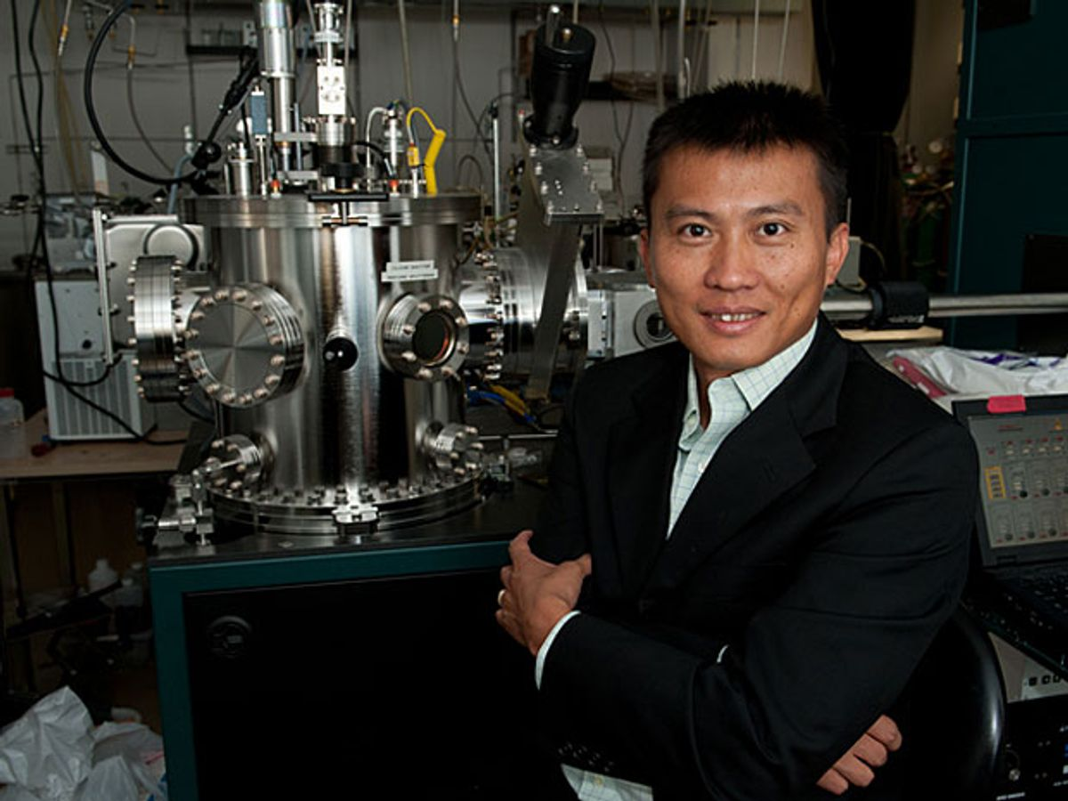 Layer of Nanospheres Enables a Pure Lithium Battery Anode