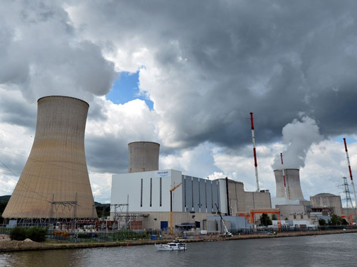 Nuclear Shutdowns Put Belgians and Britons on Blackout Alert