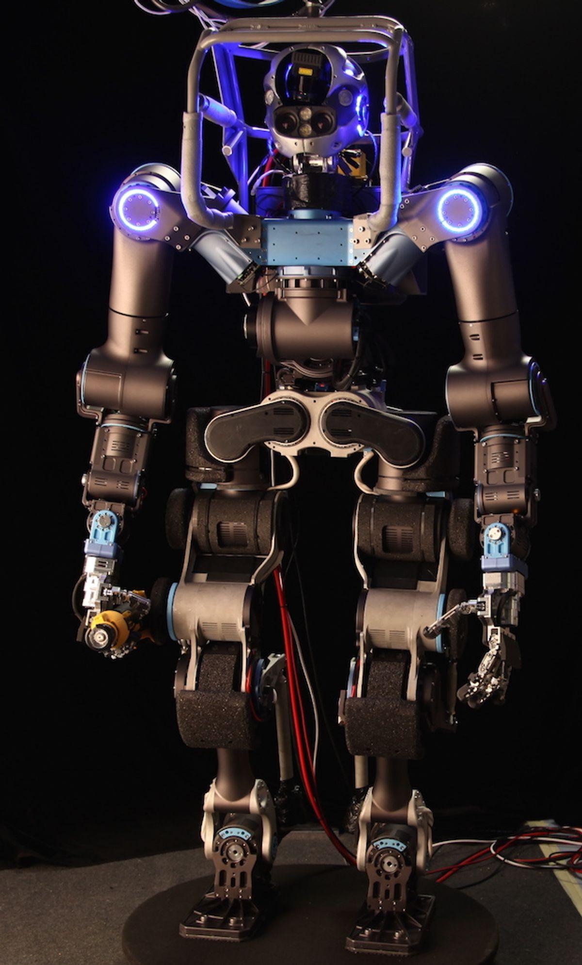 WALK-MAN Team Built Brand New, Highly Custom Robot for DRC Finals