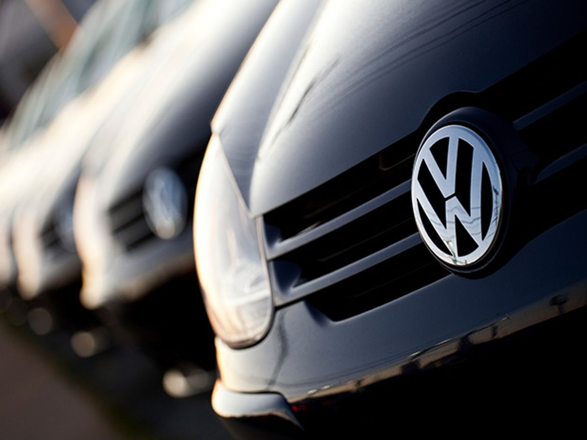 """Volkswagen CEO """"Sorry"""" for Emissions Cheating Software in Huge Car Recall"""