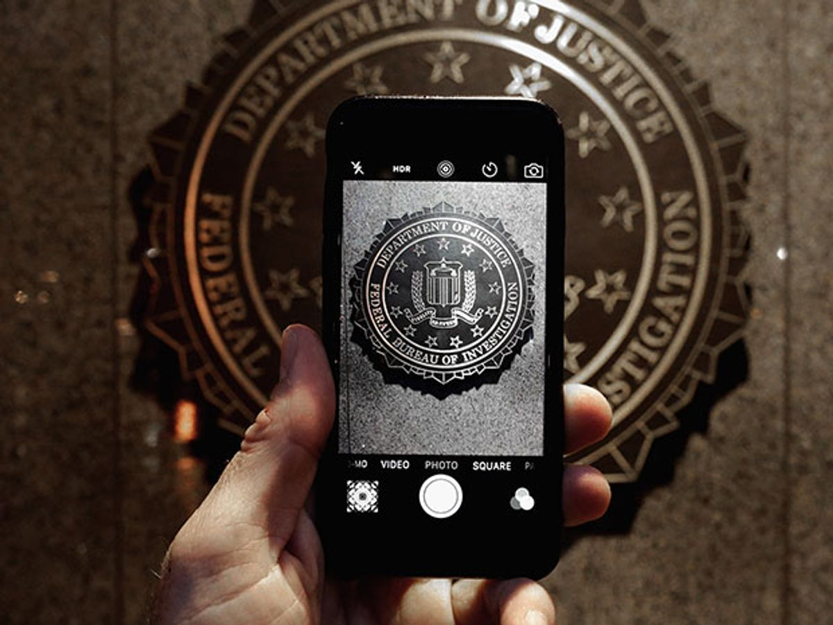 5 Ways Cyber Experts Think the FBI Might Have Hacked the San Bernardino iPhone