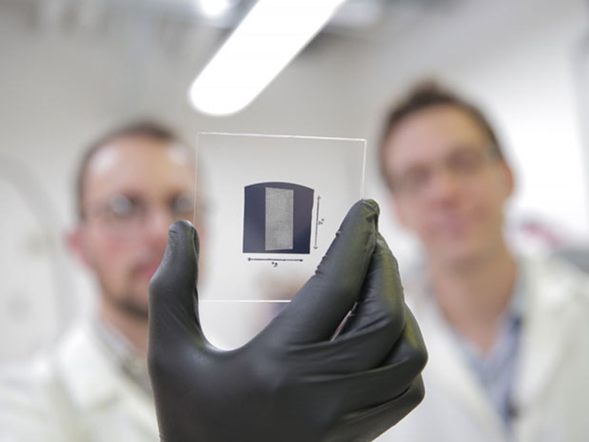 UW–Madison engineers coated the entire surface of this substrate with aligned carbon nanotubes in less than 5 minutes. The breakthrough could pave the way for carbon nanotube transistors to replace silicon transistors,