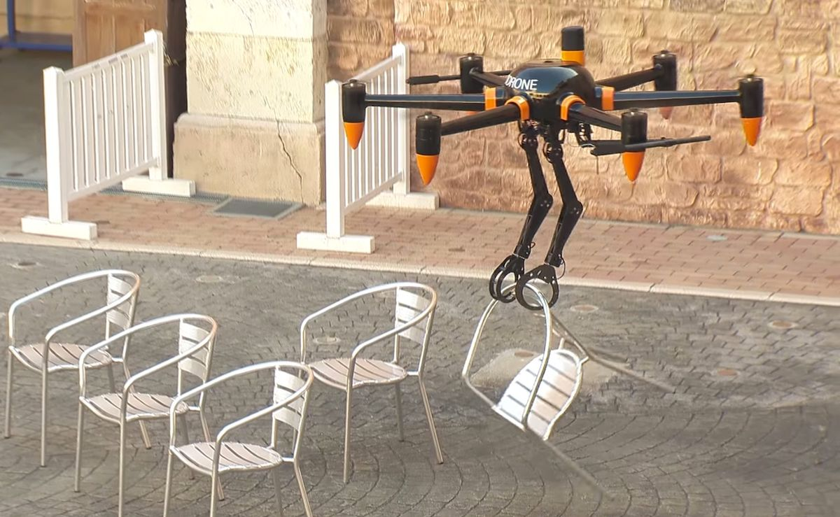 Giant drone with two arms developed by Prodrones.