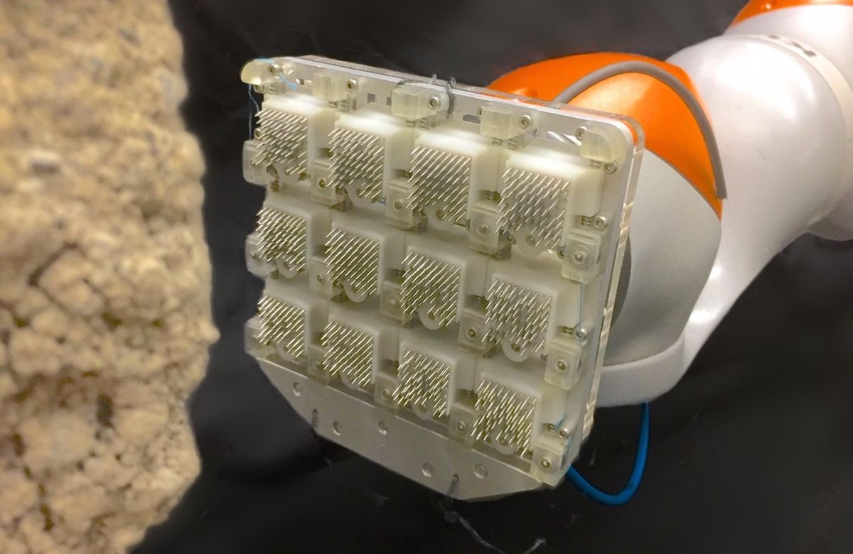 Microspine gripper for robots