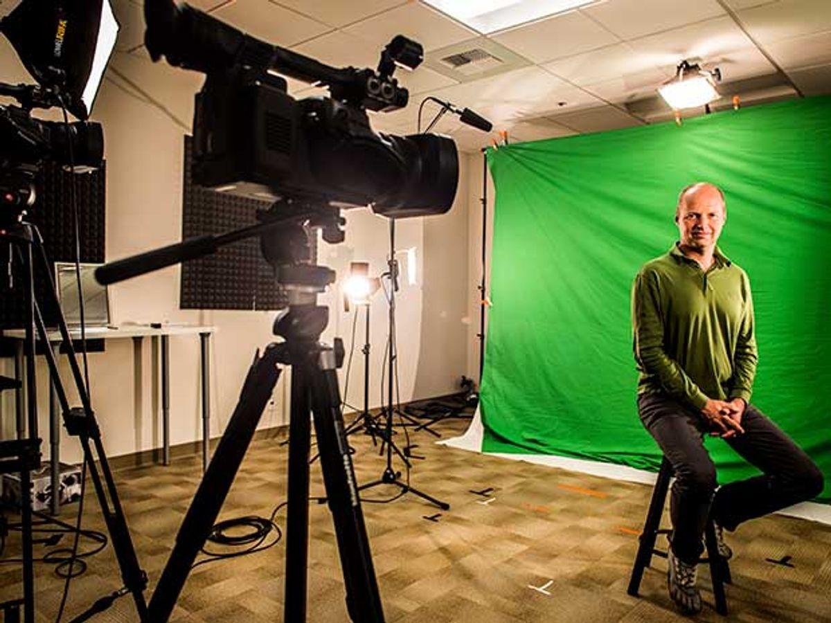 Sebastian Thrun, MOOC pioneer