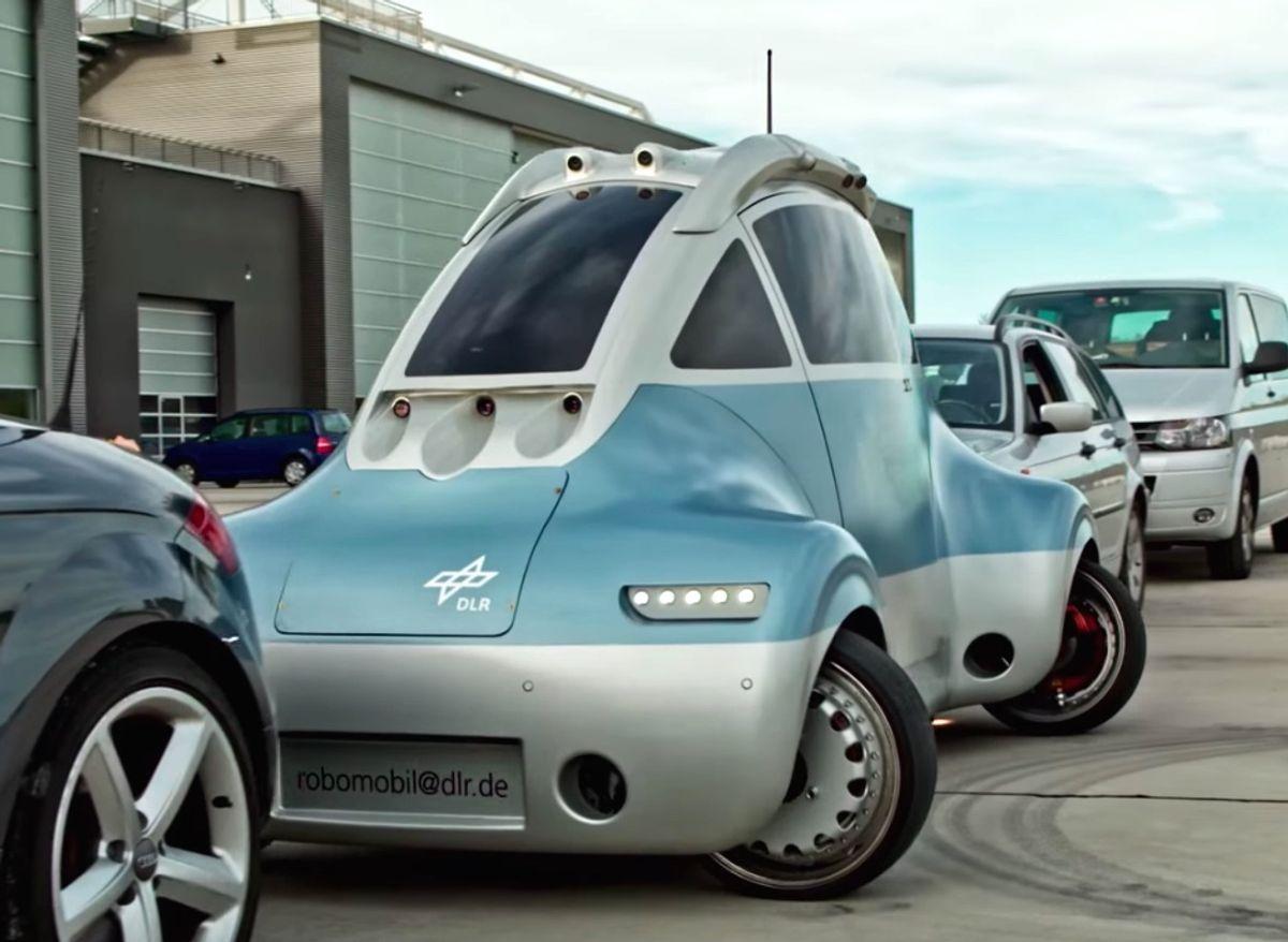 DLR ROboMObil robotic car