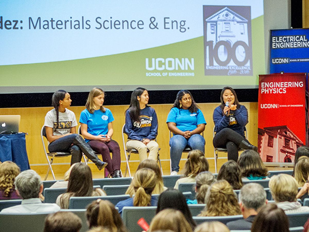 photo of University of Connecticut connects girls
