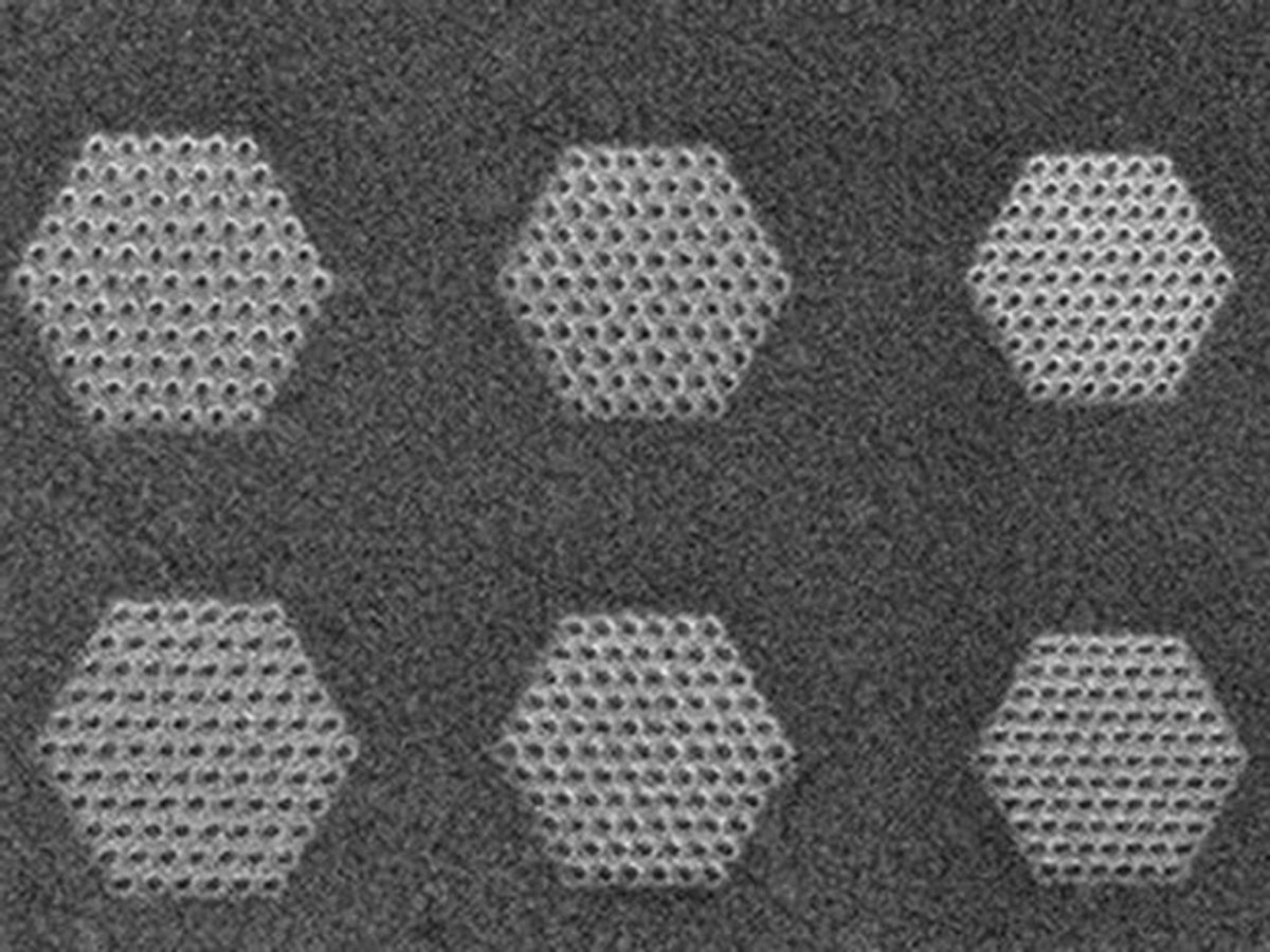 SEM image of patterned PHCs