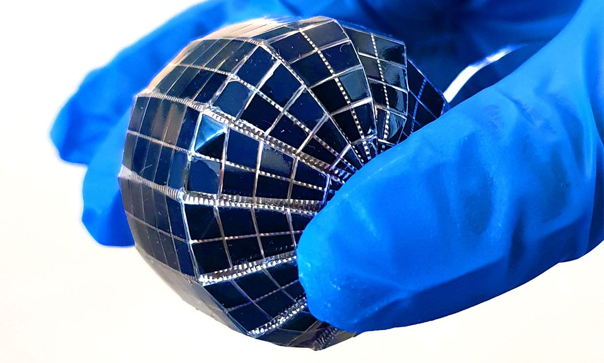 Large-scale spherical solar cell based on monocrystalline silicon developed using a corrugated architecture.