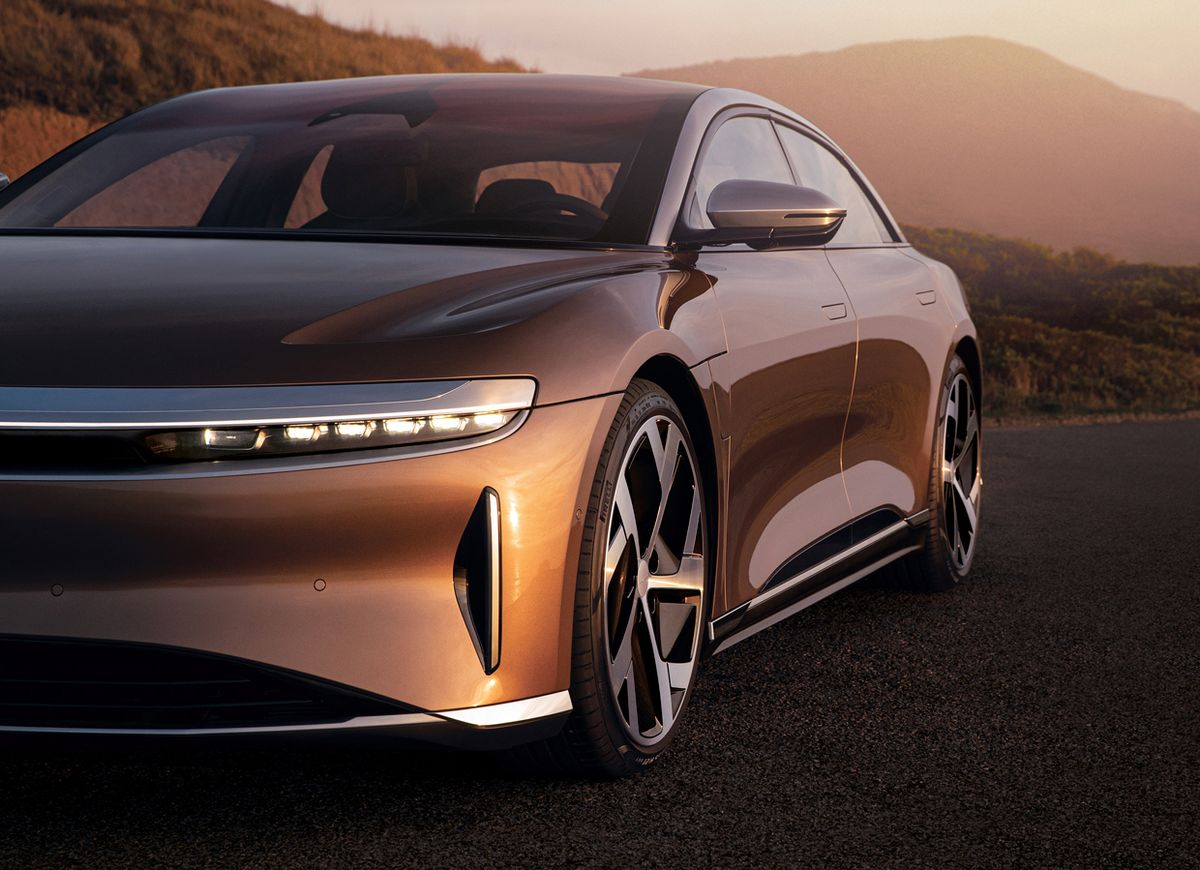 Image of the 2021 Lucid Air.