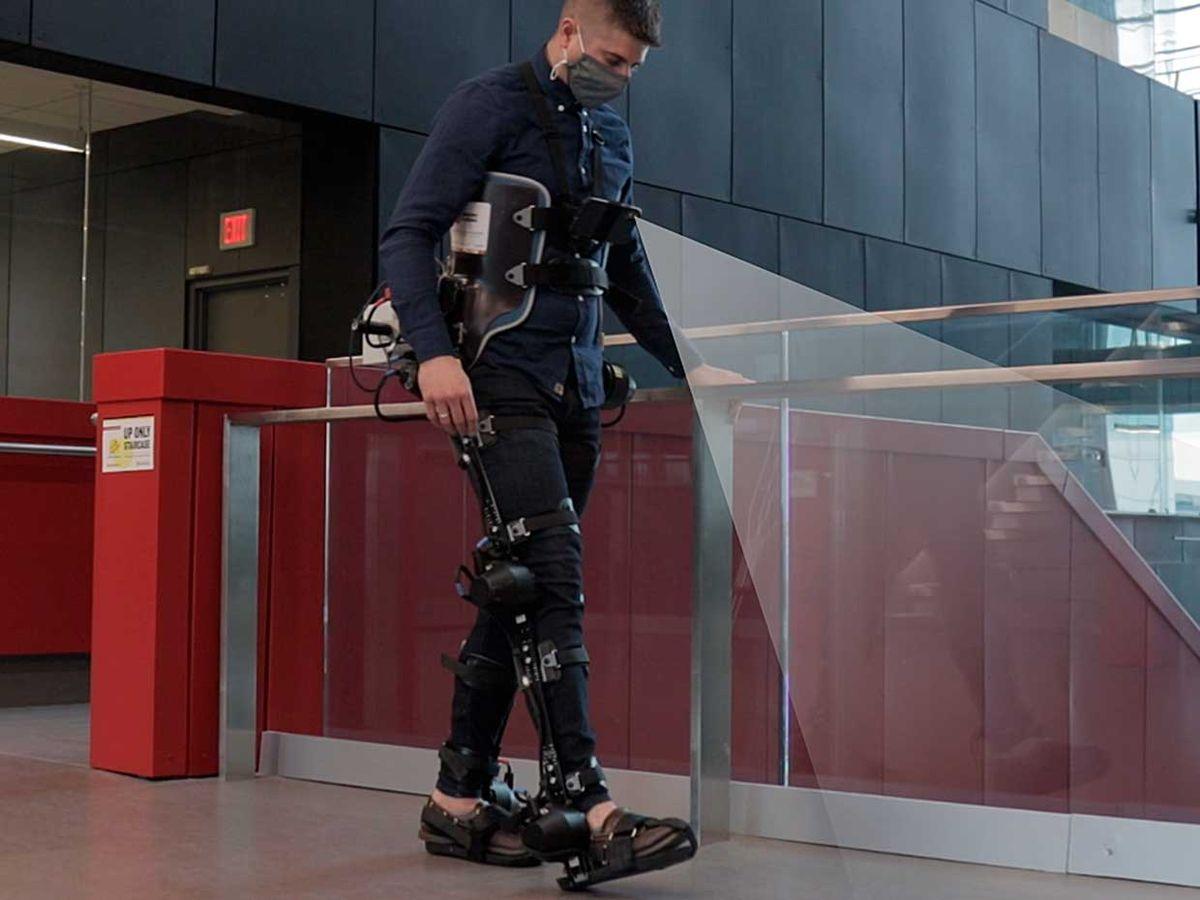 Brokoslaw Laschowski walking with the robotic exoskeleton