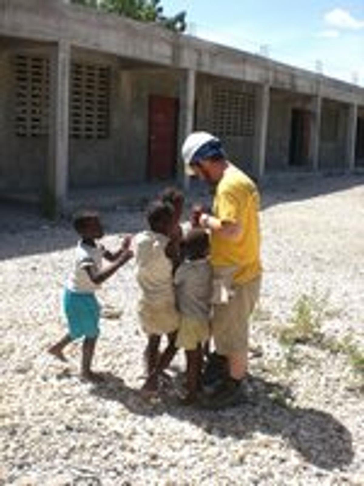 Illinois Engineers Discuss Damage in Haiti