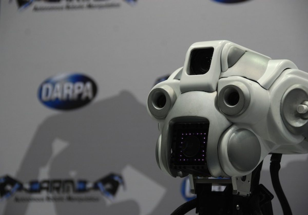 Video: Throwable Robot, Roomba-Riding Humanoid, and More from ICRA 2012