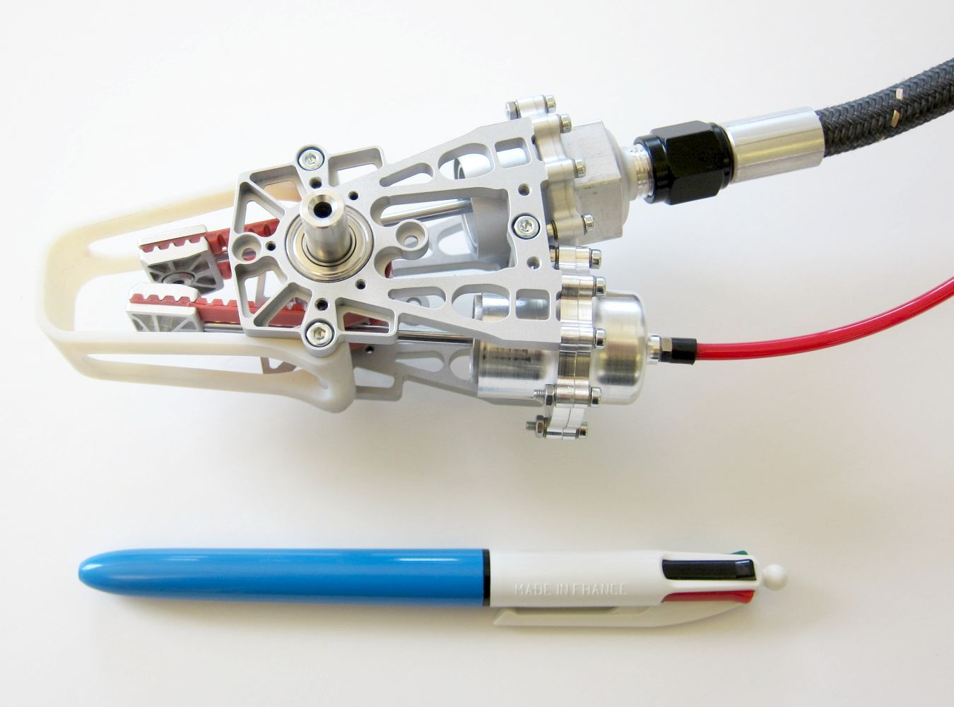 Disney Research's fluid air-water hybrid actuator