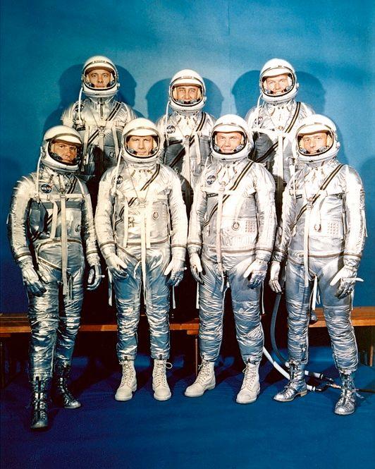 تحولات لباس فضانوردی