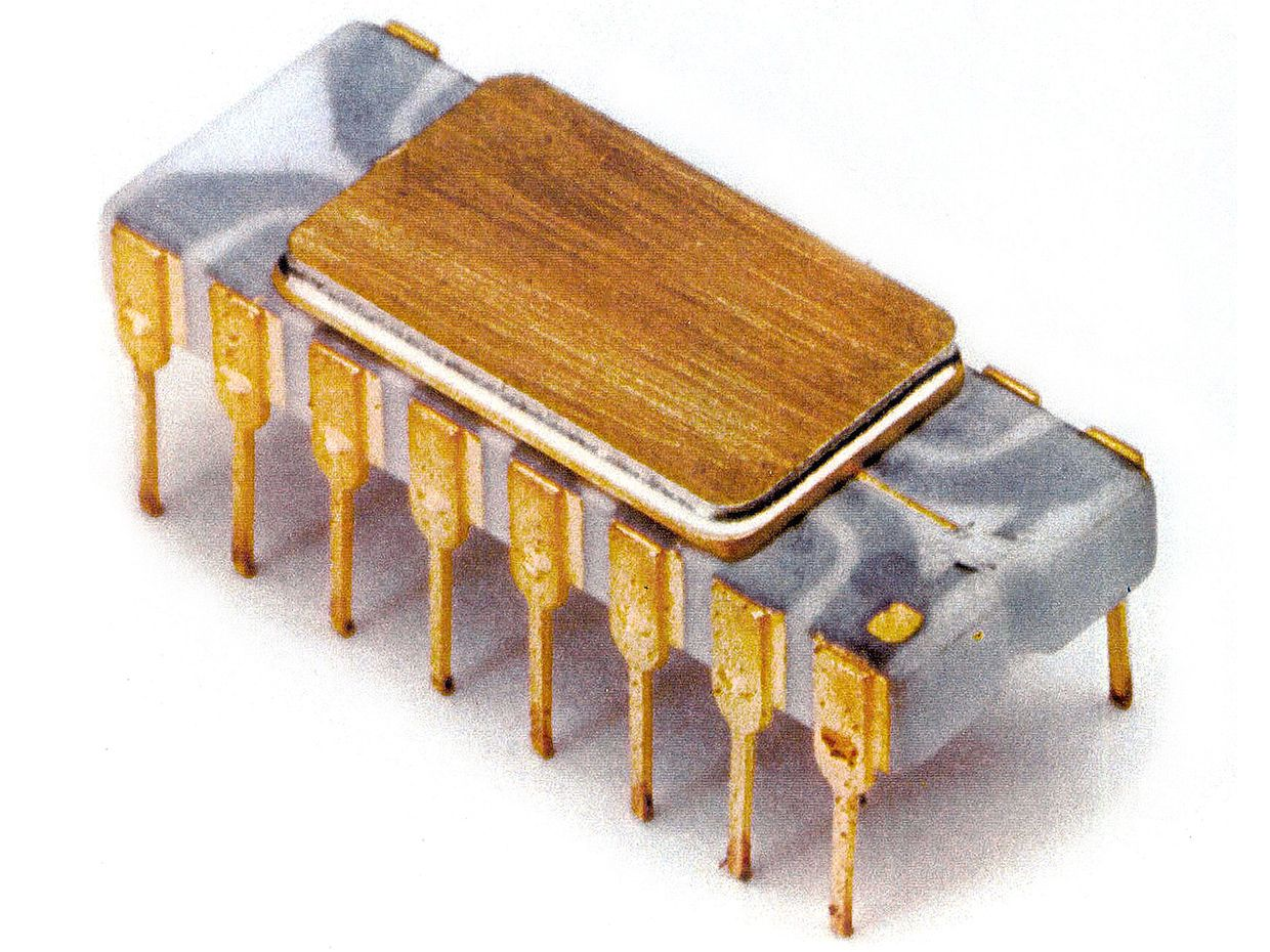 Chip Hall Of Fame Intel 4004 Microprocessor Ieee Spectrum Circuit The Simulation Consist A Microcontroller Pic