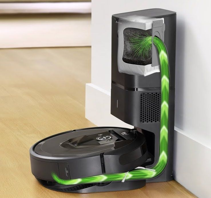 iRobot Roomba i7+ with Clean Base