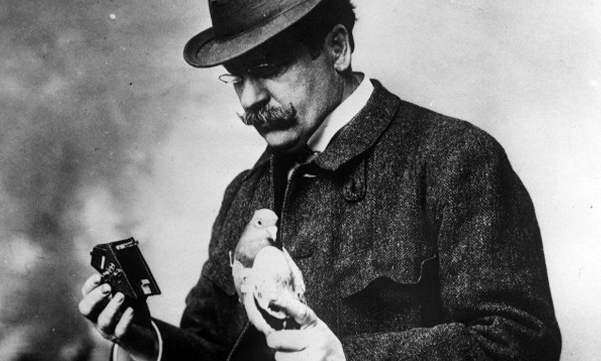 In the early 1900s, Julius Neubronner used pigeons and cameras to take aerial photos, which he sold as postcards.