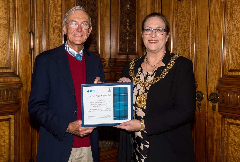 The Glasgow City Council present an award to Professor Jose Moura