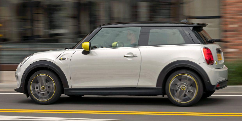 Photo of a Mini Cooper SE