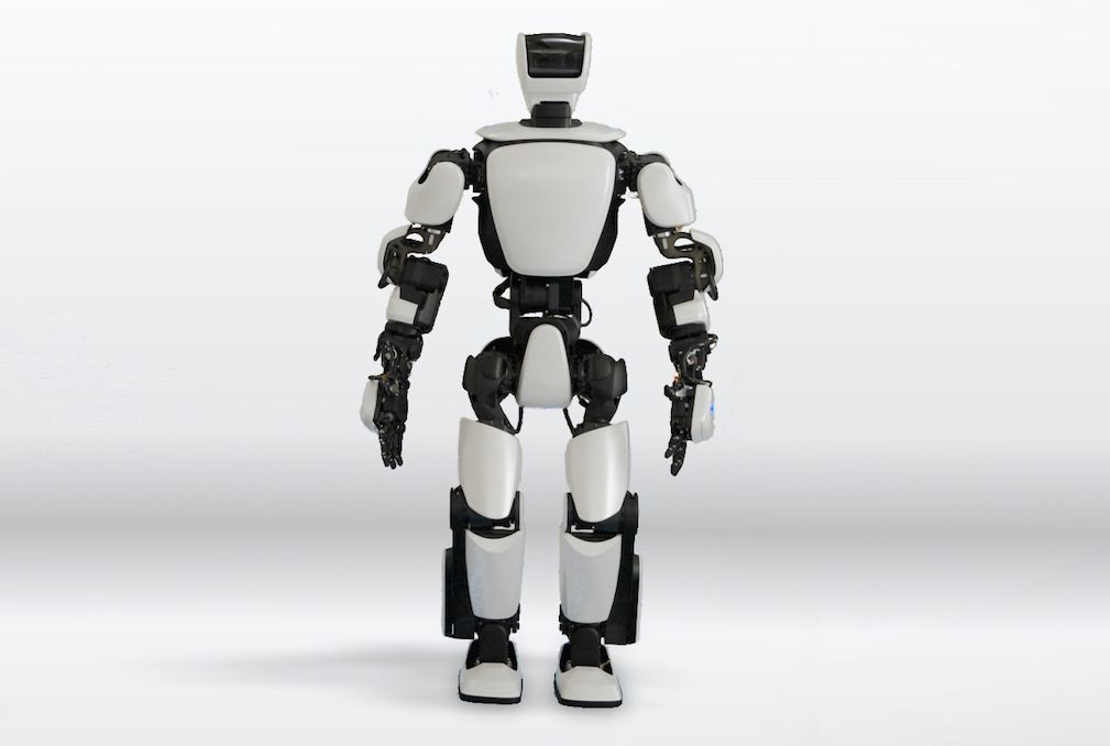 toyota gets back into humanoid robots with new t hr3 ieee spectrum