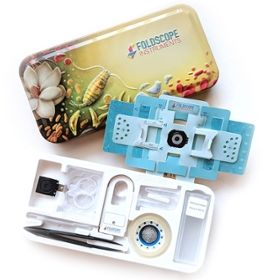 Photo of the deluxe Foldscope kit.