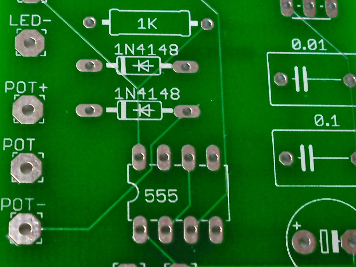 Build A Custom Printed Circuit Board Ieee Spectrum Led Designer