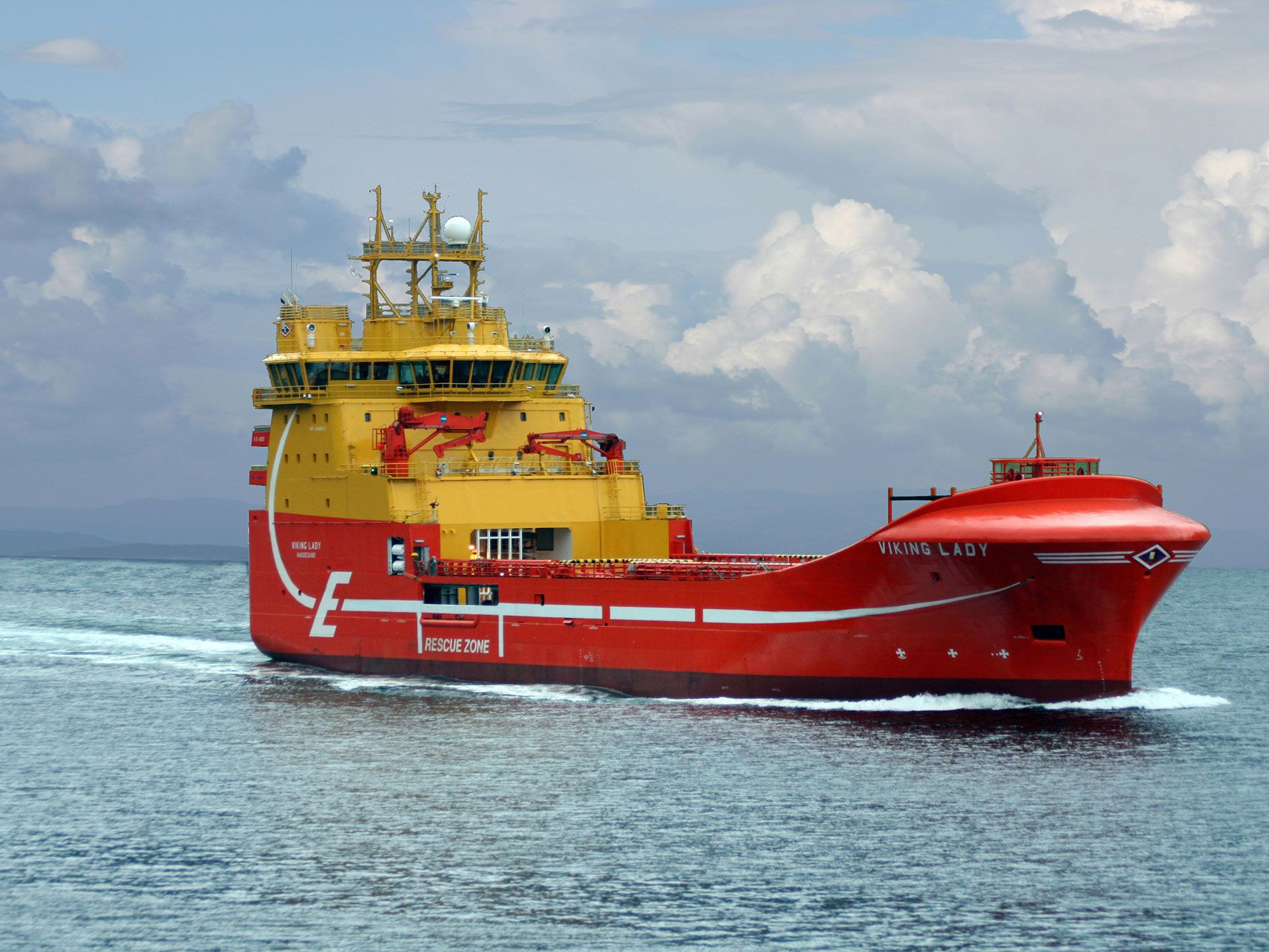 The <em>Viking Lady</em> is powered by a molten carbonate fuel cell and transports supplies to offshore rigs.