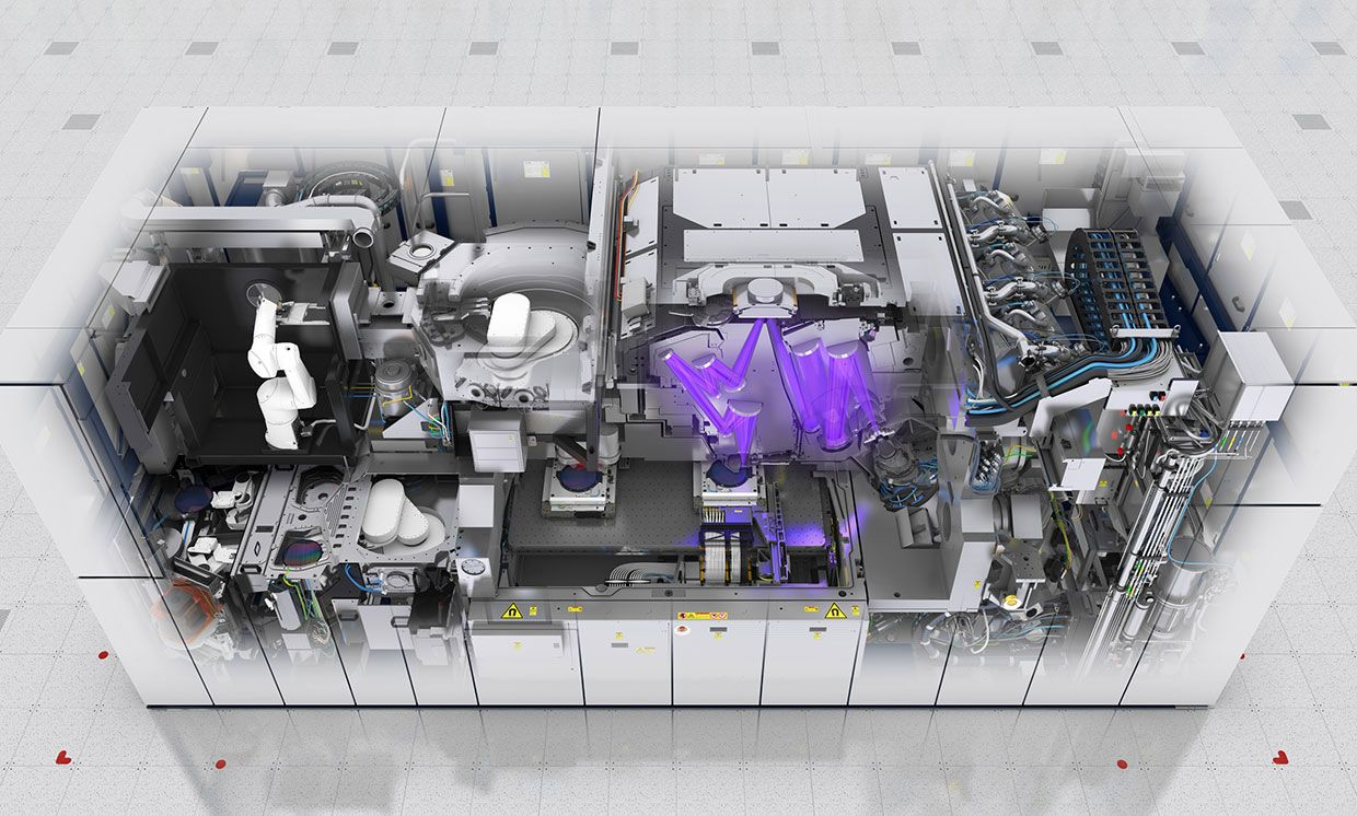 Cut out image showing the inner workings of an existing ASML EUV machine.