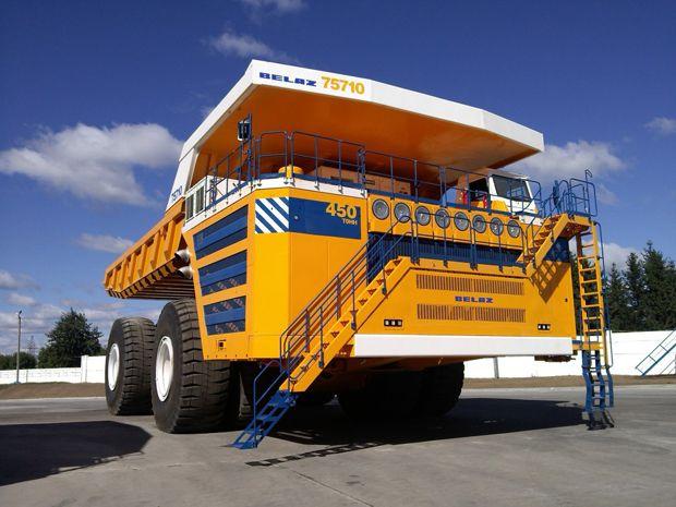 World's Biggest Dump Truck Goes Electric