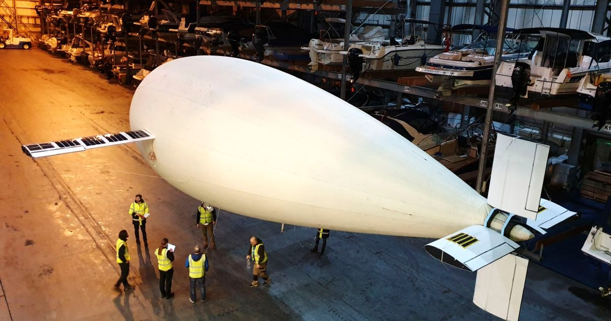 No Propeller? No Problem. This Blimp Flies on Buoyancy Alone