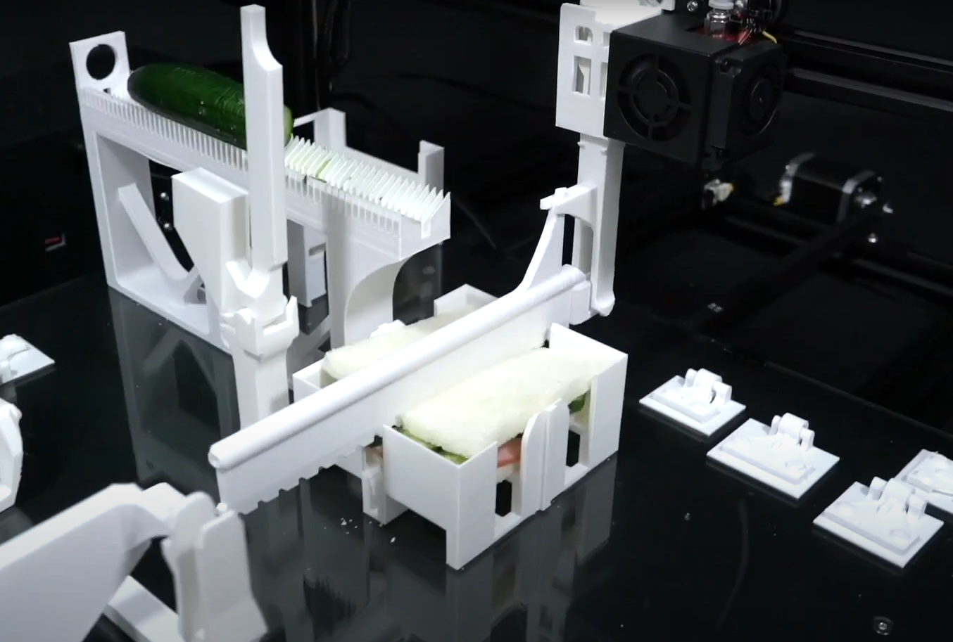 <p>Functgraph: Personal Factory Automation With a 3D Printer thumbnail