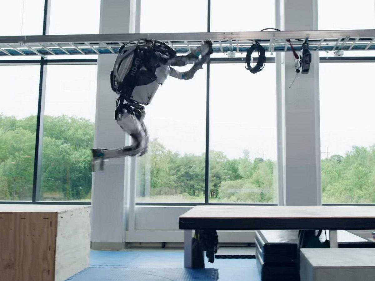 Boston Dynamics Atlas robot jumping across a gap