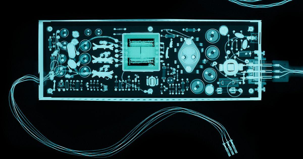 A Half Century Ago, Better Transistors and Switching Regulators Revolutionized the Design of Computer Power Supplies
