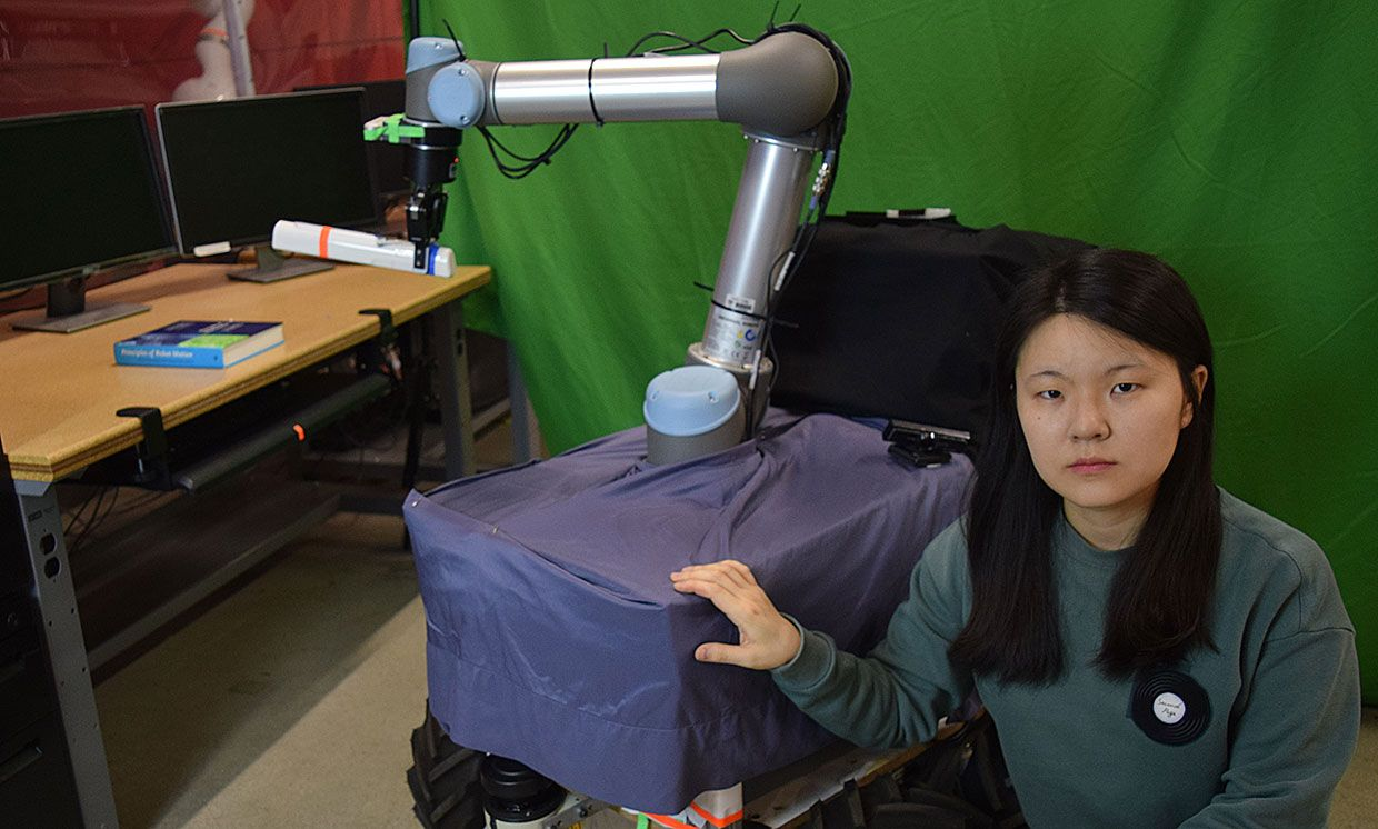 Hyojeong Kim, a graduate student at the University of Southern California in Los Angeles, testing the robotic arm in the school's lab.