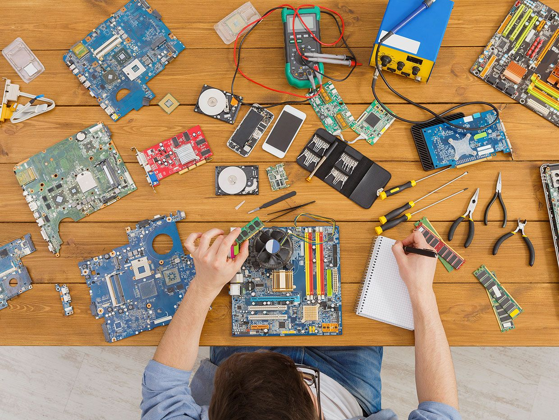 Engineering A Repairable World Ieee Spectrum