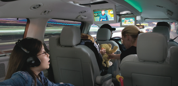Photo Chrysler Now Showing Sirius Backseat Tv Rebroadcasts Programming From Cartoon Network The Disney Channel And Nickelodeon