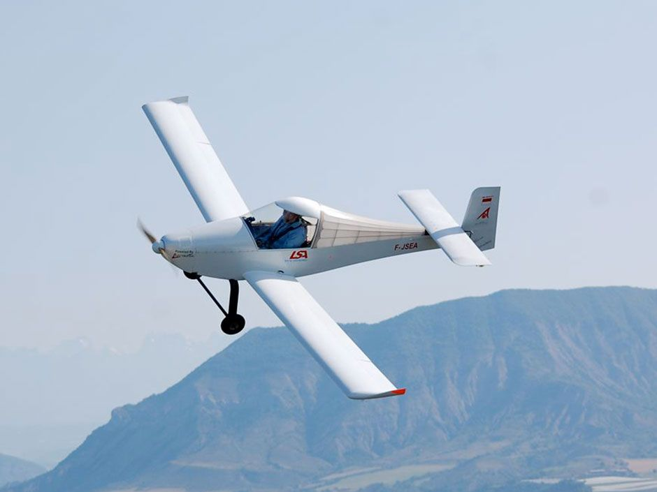 "This <a href=""http://www.electravia.fr/mc30e.php"">MC30E Firefly electric airplane</a>, a converted kit ""microlight"" powered by an Electravia motor, <a href=""http://www.electravia.fr/mc30e.php"">broke records</a> for speed, distance, and altitude in 2012."