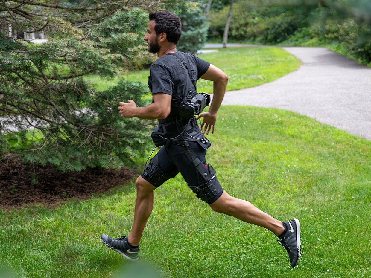 Soft Exosuit Makes Walking and Running Easier Than Ever