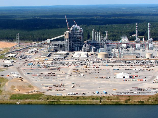 Clean coal technology suffered a setback when efforts to start up the gasification portion of an IGCC plant in Mississippi were halted.